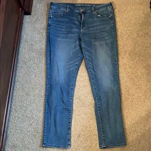 Women's American eagle stretch skinny jeans size16